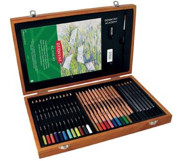 Derwent Academy crayons, set de 30 crayons, dans une boîte en bois